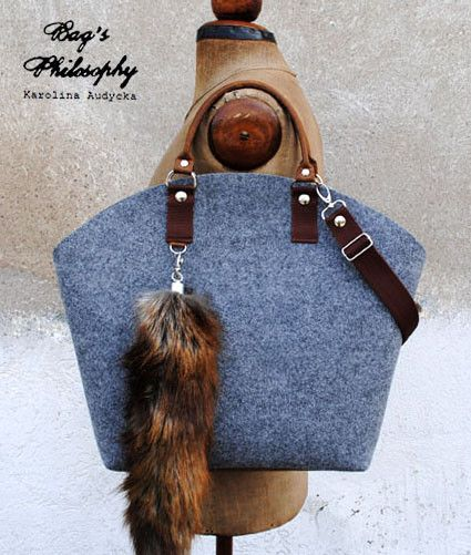 Photo of Umhängetaschen – Shopper mit Fuchsschwanz – ein Designerstück von BagsPhilosop…