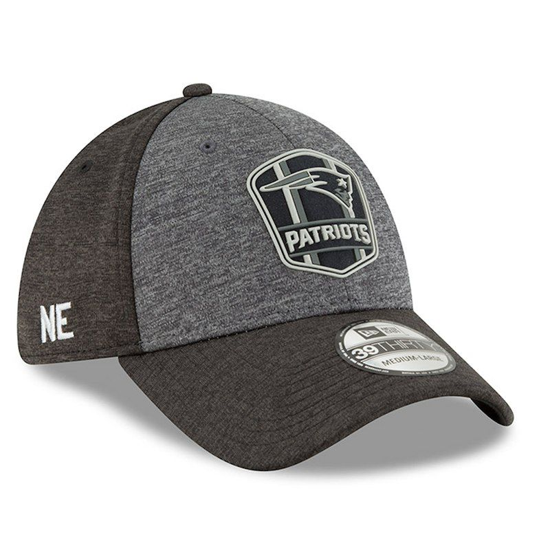 timeless design c06e9 23563 New England Patriots New Era 2018 NFL Sideline Road Graphite 39THIRTY Flex  Hat – Heather Gray Heather Black