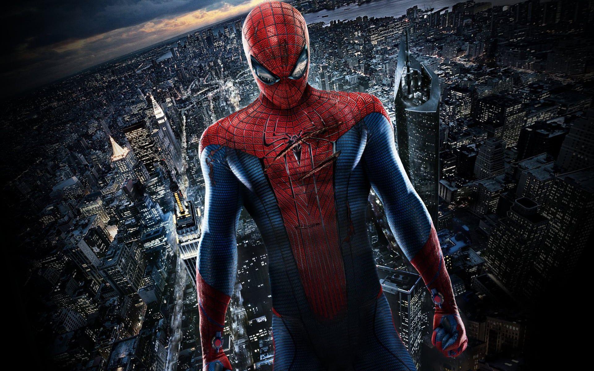 The Amazing Spider Man 2012 Ganzer Film Deutsch Komplett Kino Peter Parker Ist Ein Aussenseiter Der Als Kleiner Junge Von Seinen Eltern Gwen Stacy Forlatt Film