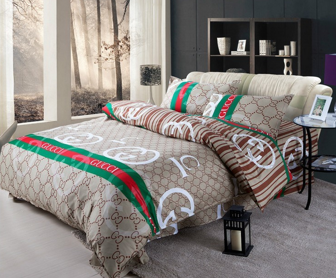 Monis Bows N More Gucci Duvet Set (2 Different Styles