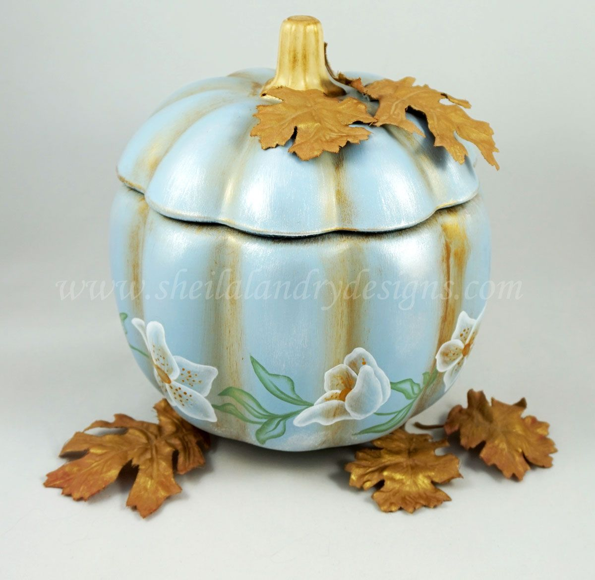 #1797 My Winter Pumpkin  Today's blog shows my Winter Pumpkin all finished using some beautiful DecoArt Products: http://www.sheilalandrydesigns.com/blog/post/3806188