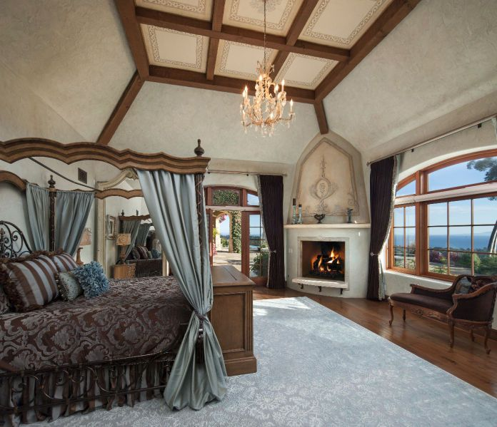 Mansion Master Bedroom: Who Wouldn't Want To Get Cozy In This Bedroom? #fireplace