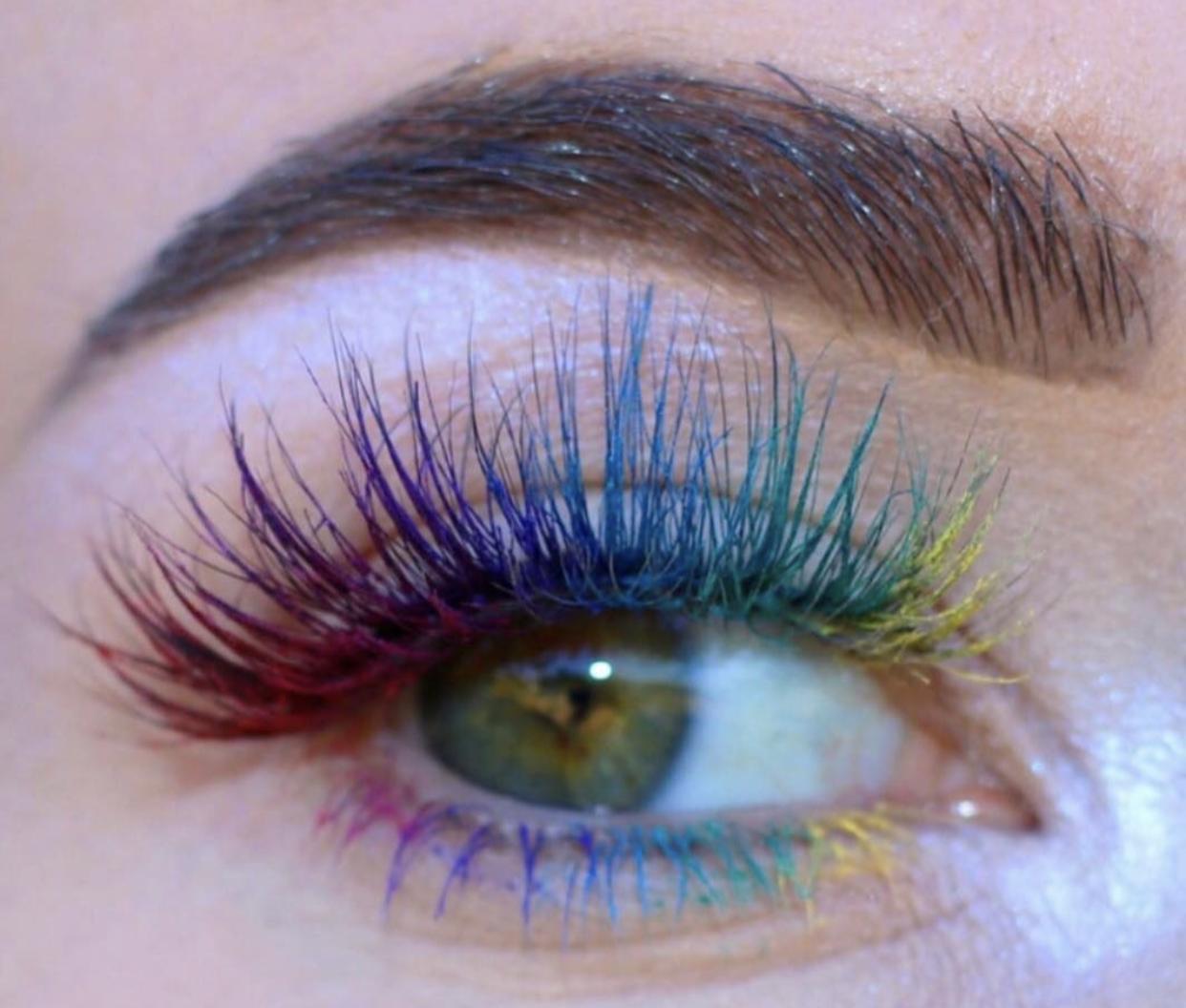 Pin by asma Jroudi on lashextension | Eyelash extensions ...