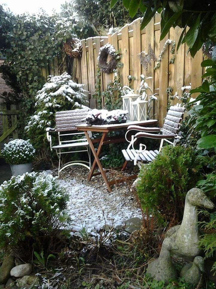 pin von whitegreyhome auf sitzpl tze outdoor. Black Bedroom Furniture Sets. Home Design Ideas