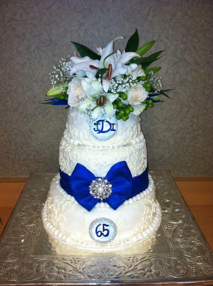 Wedding/Anniversary Cake