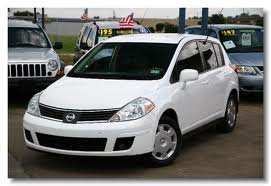 2008 Nissan Versa - White