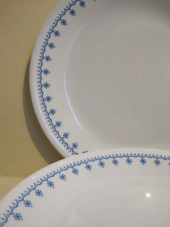 Corelle Snowflake Luncheon Plates set of 7 by sofreshsovintage $21.00 & Corelle Snowflake Luncheon Plates set of 7 by sofreshsovintage ...