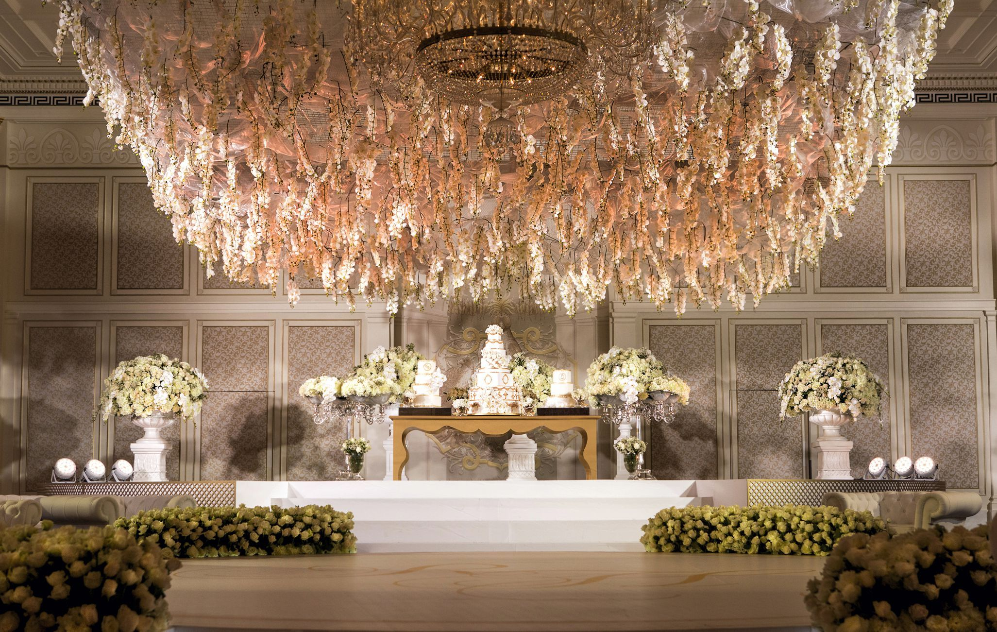 The opulent flower chandelier at palazzo versace dubai the opulent flower chandelier at palazzo versace dubai palazzovesacedubai wedding chandelier weddingsetup arubaitofo Images