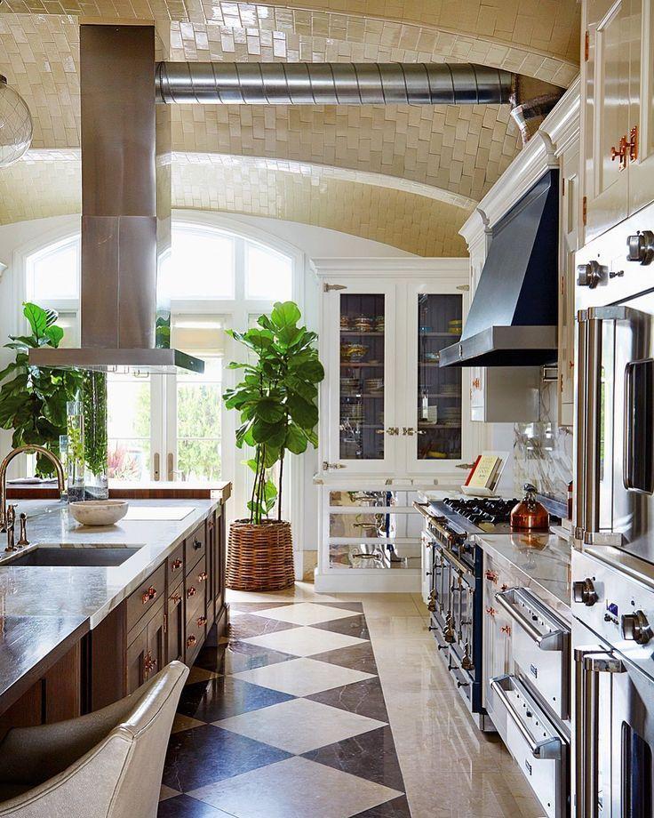luxe interiors design on instagram a statement maker luxeathome sandow photo mark on kitchen interior luxury id=28402
