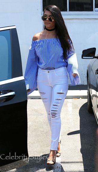 59d8a11003a Kourtney Kardashian Wears The Perfect Fourth Of July Outfit ...