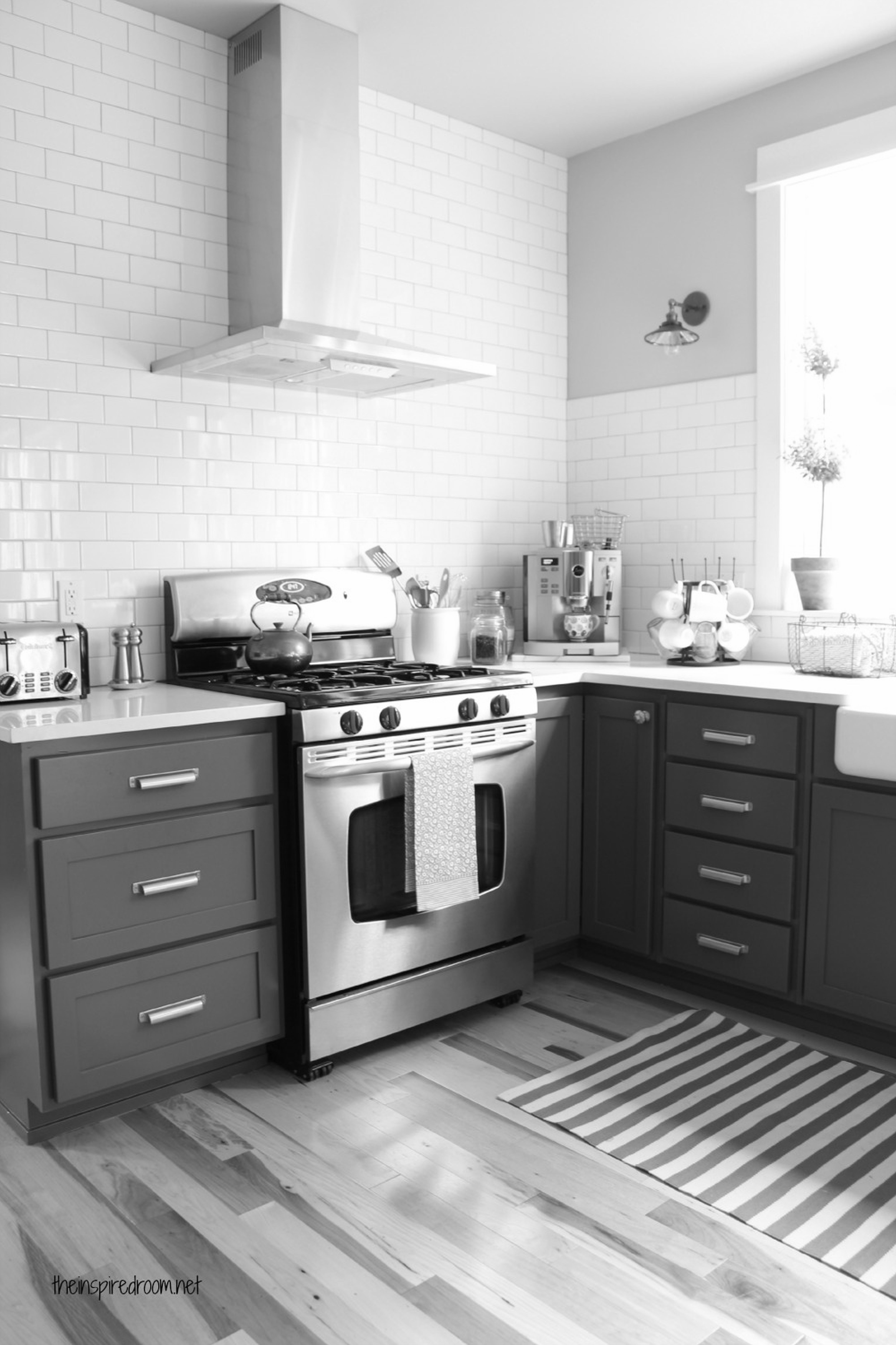 charcoal-painted-kitchen-cabinets-Adorable-furniture-design ...