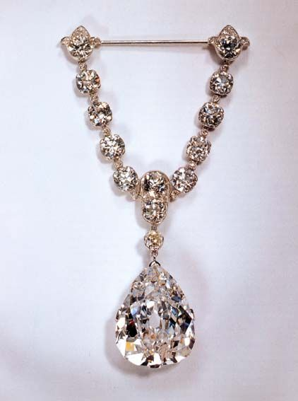The Star of South Africa, a 47.69-carat old style pear-shaped diamond, #Diamanten #Juwelen