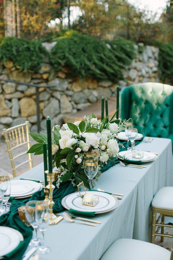 Elegant Emerald Gold Wedding Inspiration. Wedding Table SetupGreen ... & Elegant Emerald Gold Wedding Inspiration | Wedding table setup Gold ...