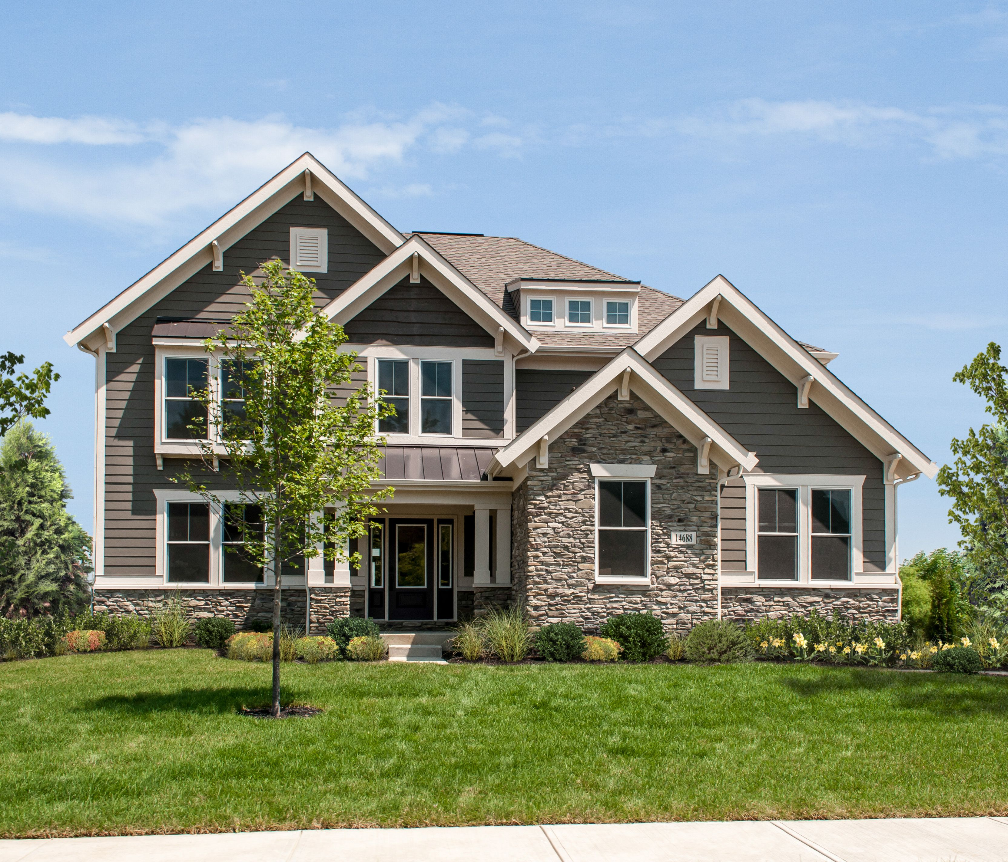 Fischer homes marshall western craftsman design - What is a craftsman style home ...
