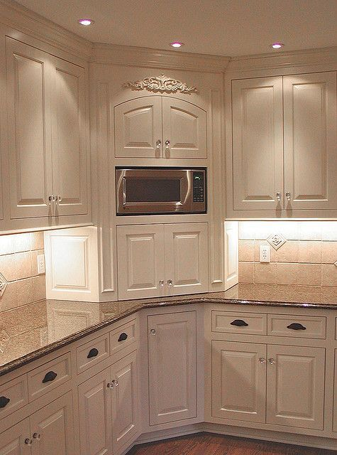 Like The Corner Unit With The Microwave Kitchen Remodel Small Kitchen Design Small Home Kitchens