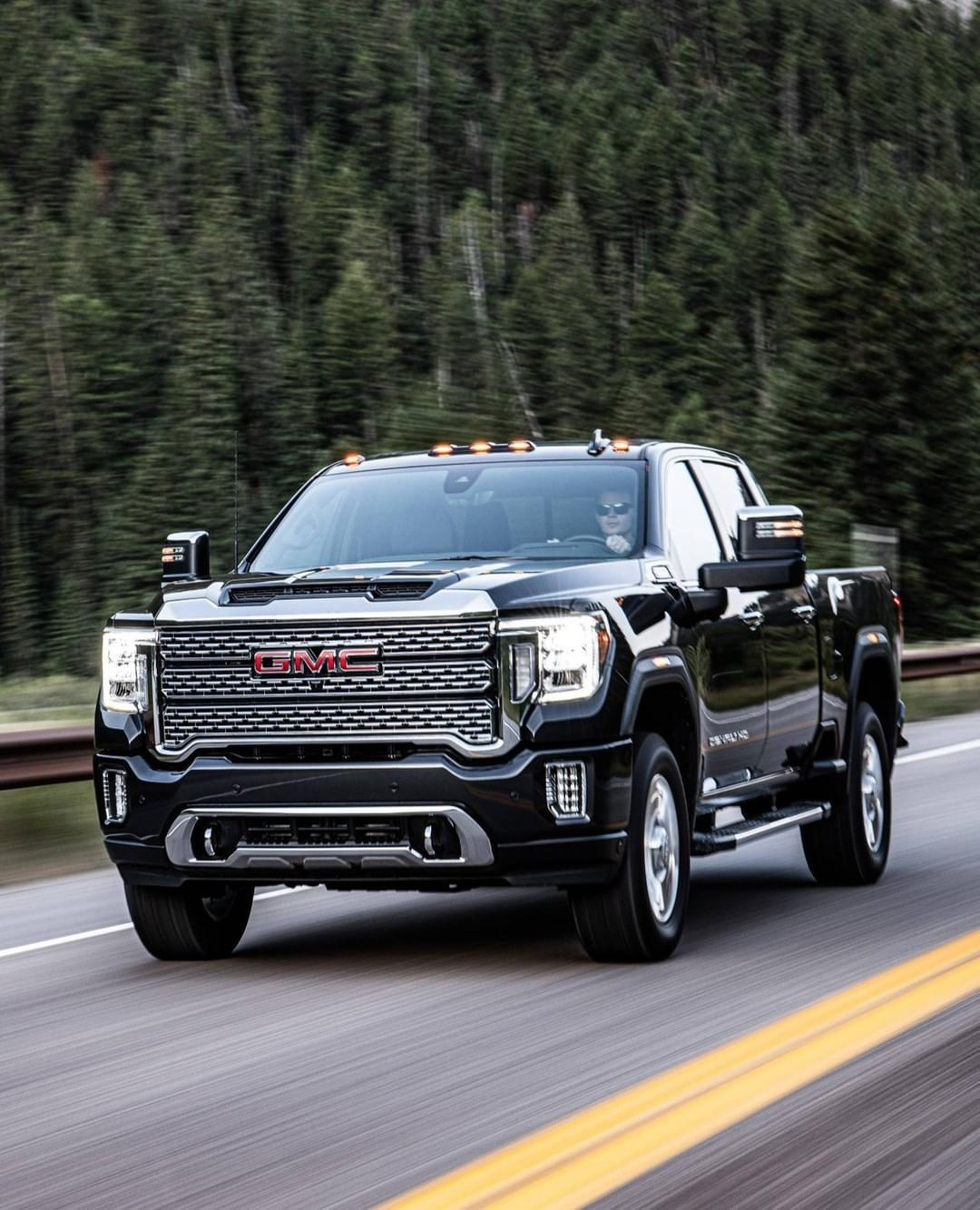 Motortrend On Instagram We Drive The 2020 Gmc Sierra Hd 2500 And 3500 Models Including The New Off Road Oriented At4 Trim Head Ov Gmc Sierra Gmc Gmc Trucks