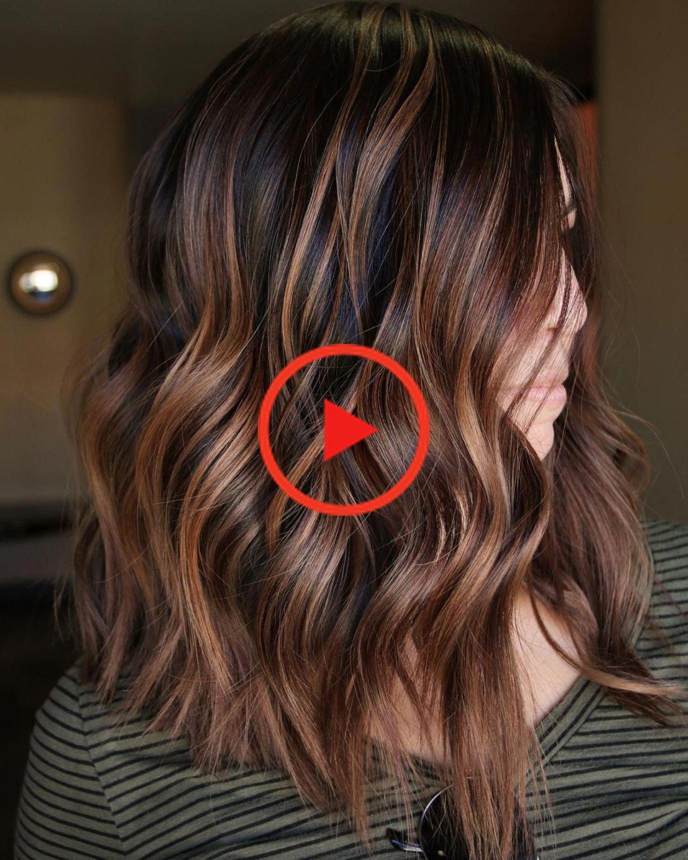 60 Caramel regarde avec Faits saillants sur Brown et les cheveux brun foncé #HairColorIdeas #c …