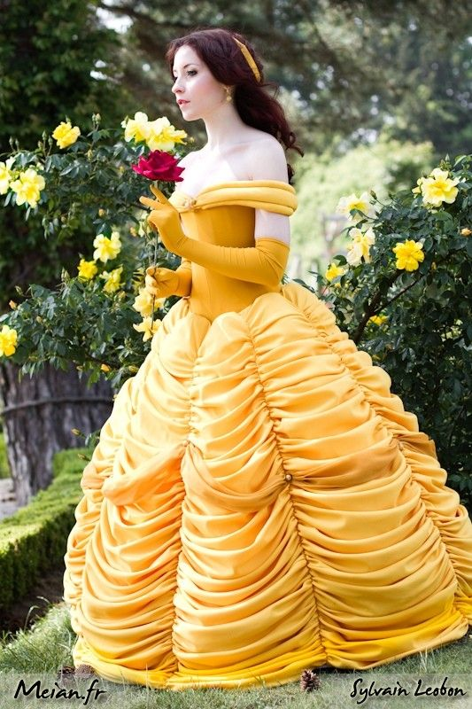Belle From Beauty And The Beast Disney Cosplay Pinterest