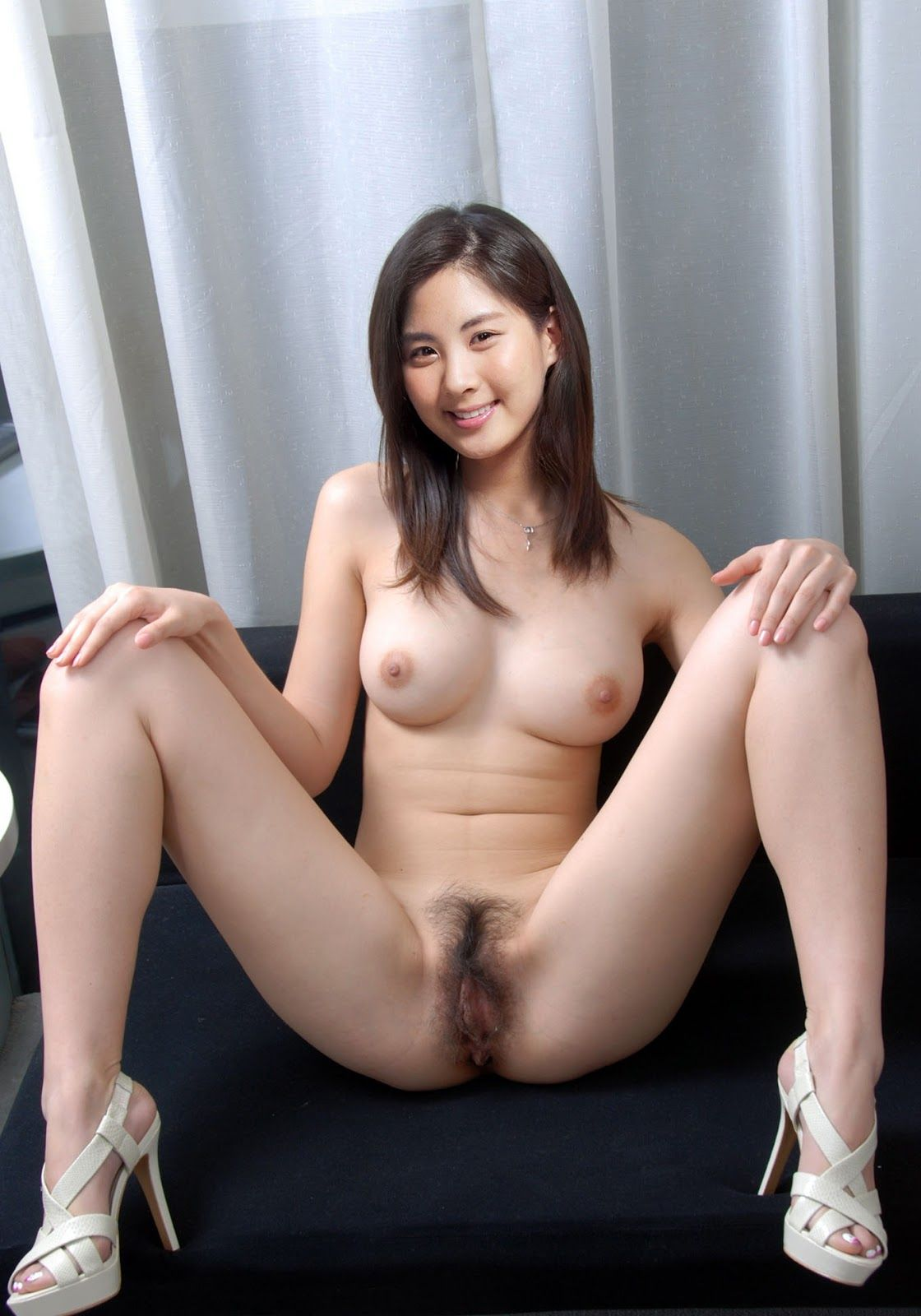 nude-ara-mine-all-nude-pic-webcam-boob-flashing