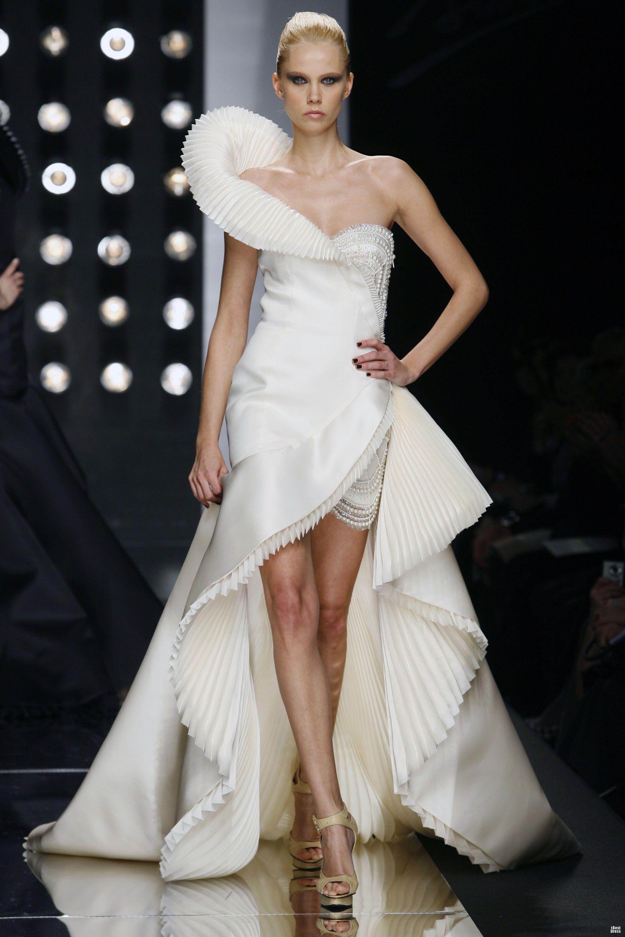 Primavera Prom Dresses | Peaches Boutique | Dreamy gowns