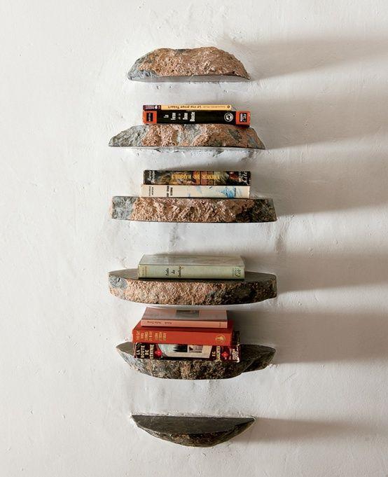 Steinknolle als ungewöhnlich dekoratives Regal einrichtung - bucherregal aus holz originelles design info new