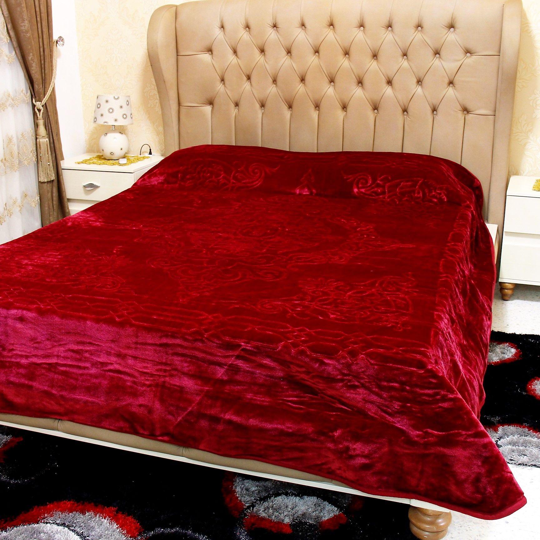 Couvre Lit 2 Places Adora 4 3 Kg 215 240 Cm Rouge Bordeaux Furniture Home Home Decor
