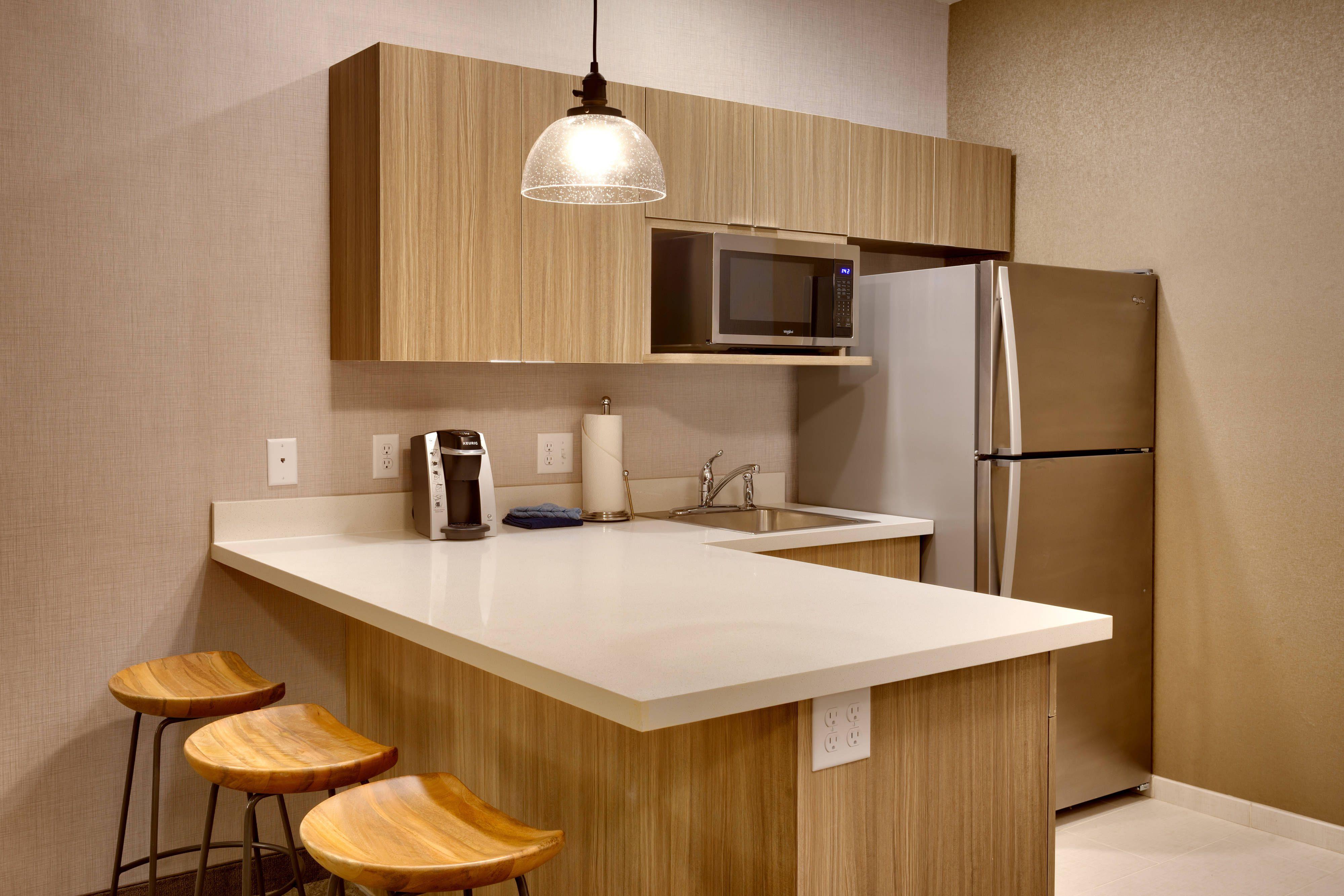 Springhill Suites Moab Suite Kitchen Happy Guestbathroom Relax Springhill Suites Guest Bathroom