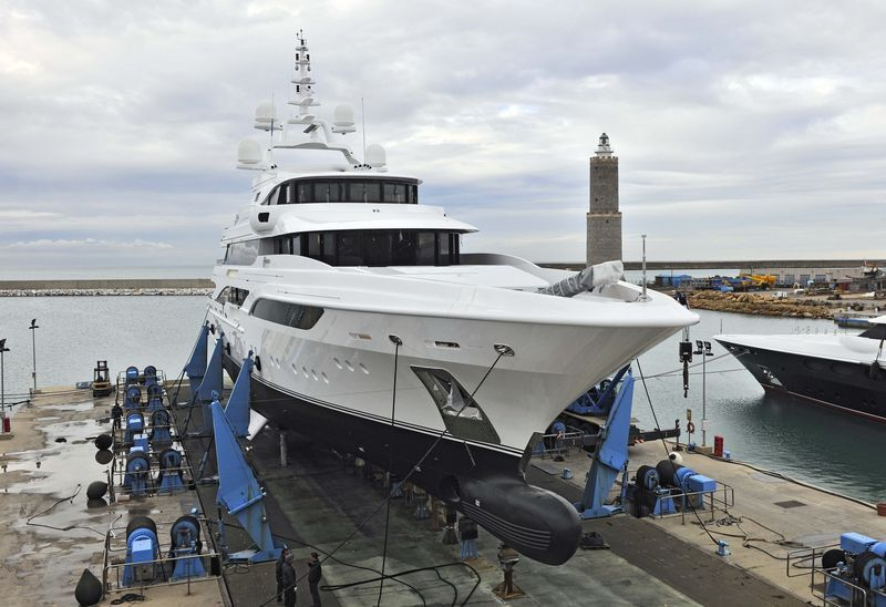 Benetti Has Some More Informations Of The Recently Launched Formosa Http Www Yachtemoceans Com Formosa Yacht Jacht Yatch Y Formosa Super Yachts Yacht