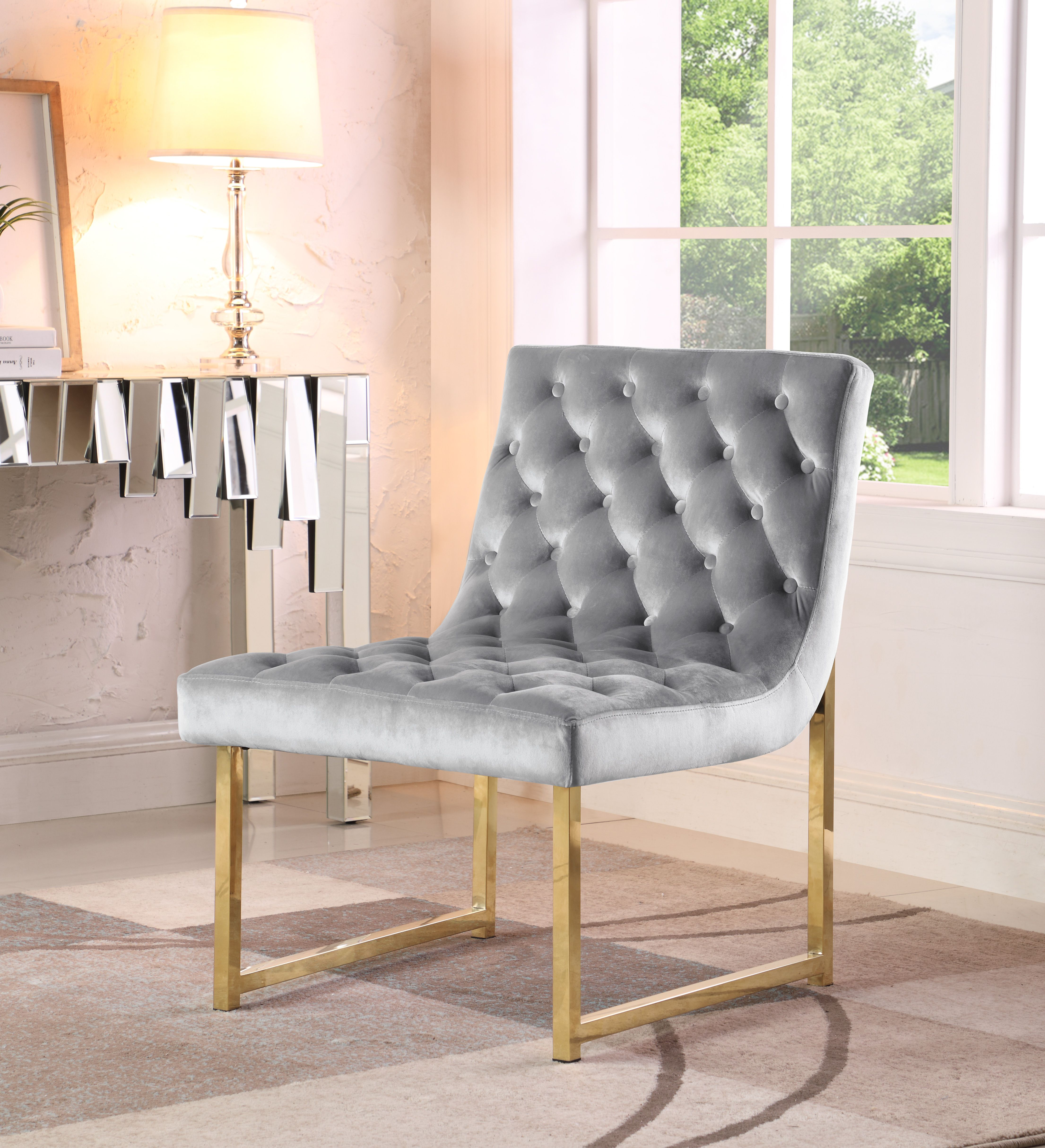 Home Luxury chairs, Living room accents, Accent chairs