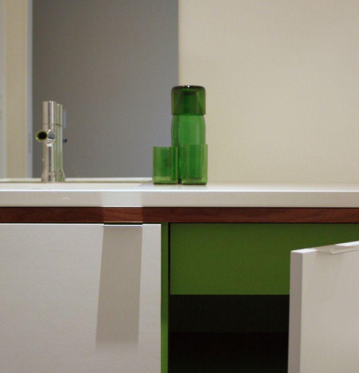 Small Bathroom Remodel Portland Oregon - http://www.houzz ...