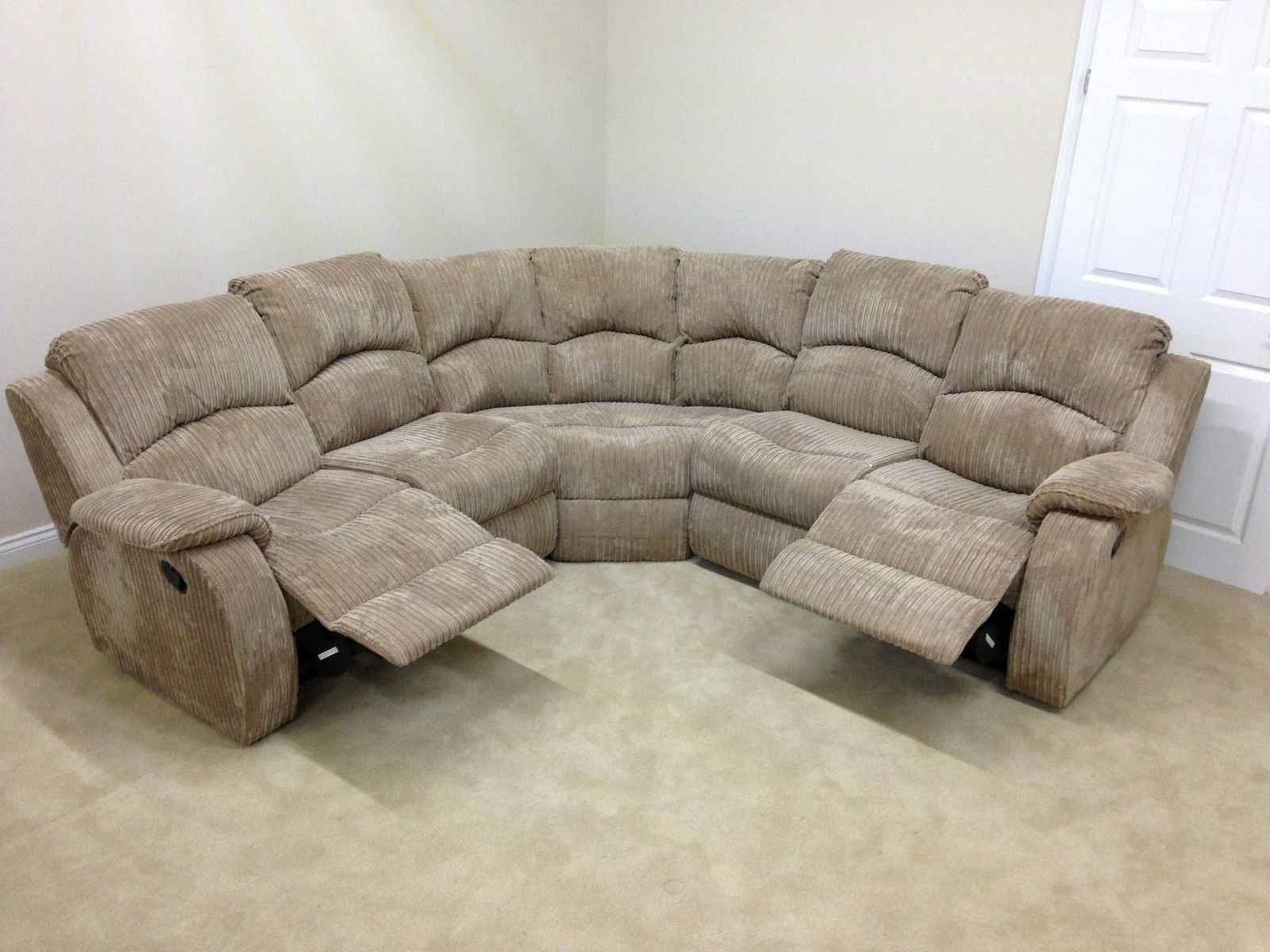 Lovely Corner Reclining Sofa Image