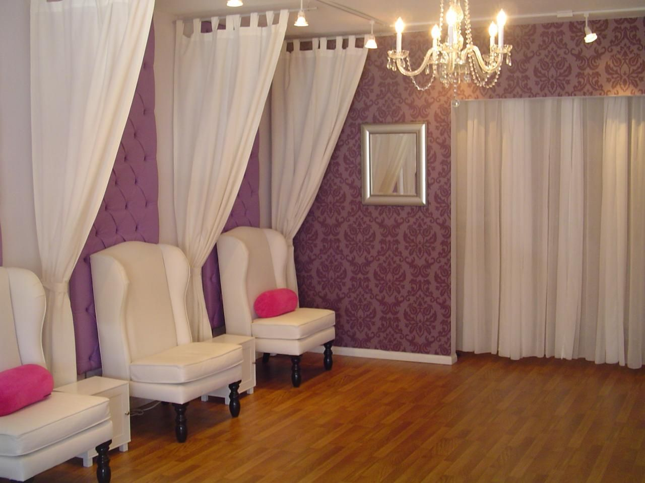 Pedicure Chair Ideas h2o max lounge pedicure chair I Like How The Curtains Are Hung Possibly To Separate Areas Wo Putting