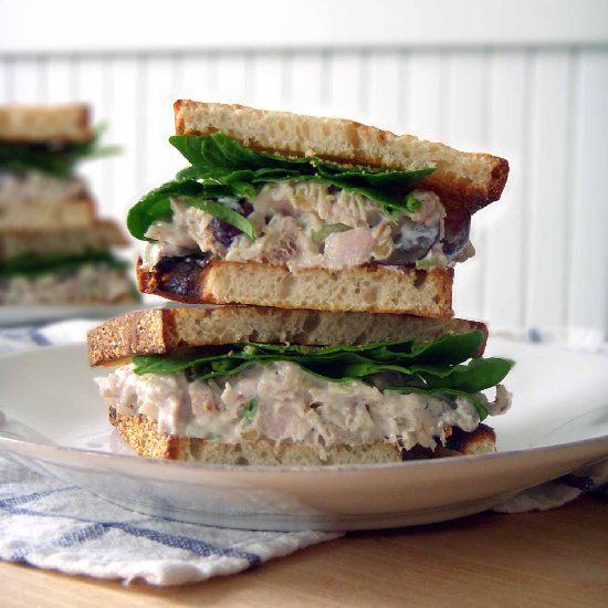 Chicken Salad Sandwich With Grapes Walnuts Celery With A Dressing Of Either Sour Cream Or Chicken Salad With Grapes Chicken Salad Recipe Easy Grape Recipes