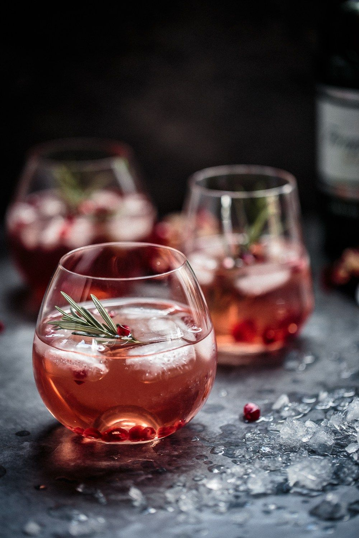 Pomegranate Rosemary Gin Fizz The Macadames Gin Fizz Pomegranate Gin Pomegranate Cocktails