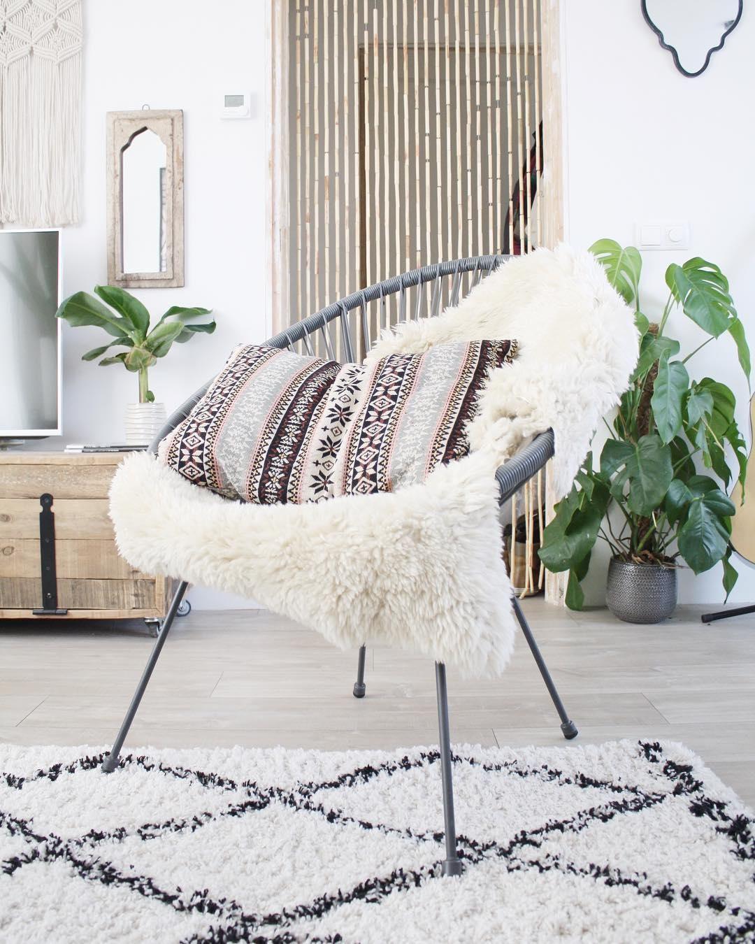 ein gem tlicher beni ourain teppich versch nert dein zuhause im handumdrehen wood weiss. Black Bedroom Furniture Sets. Home Design Ideas