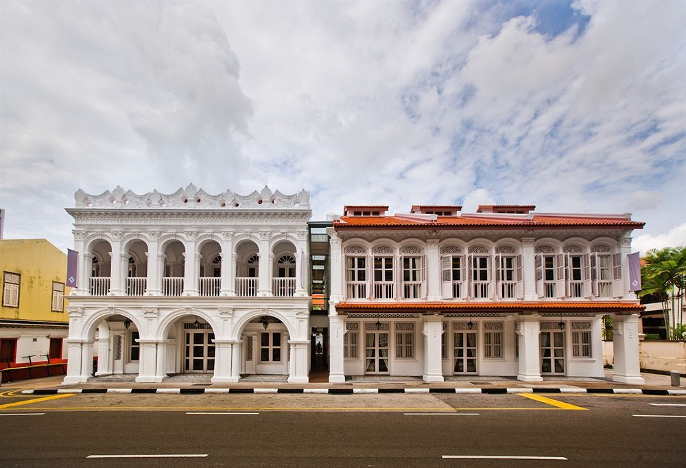 The Sultan in Singapore (Arab Street District) is minutes from Malay Heritage Centre and Haji Lane. This 4-star hotel is within close proximity of Sultan Mosque and Bugis Junction Shopping Center. http://www.lowestroomrates.com/Singapore-Hotels/The-Sultan.html?m=p   #TheSultan #Singapore