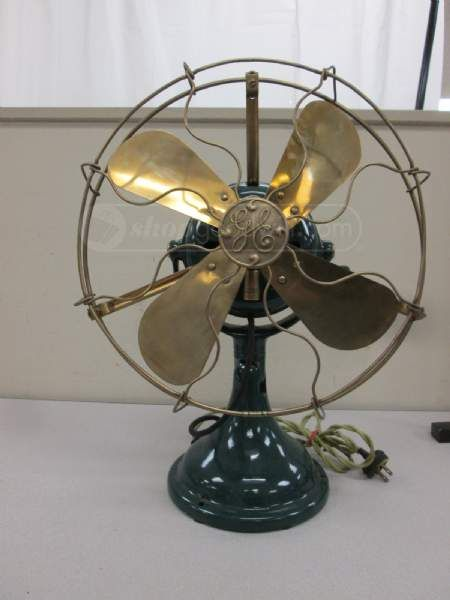 Antique Ge General Electric Table Fan