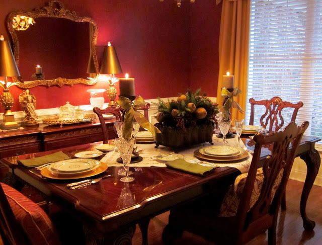 Red And Gold Dining Room | Red And Gold And A Lot Of It