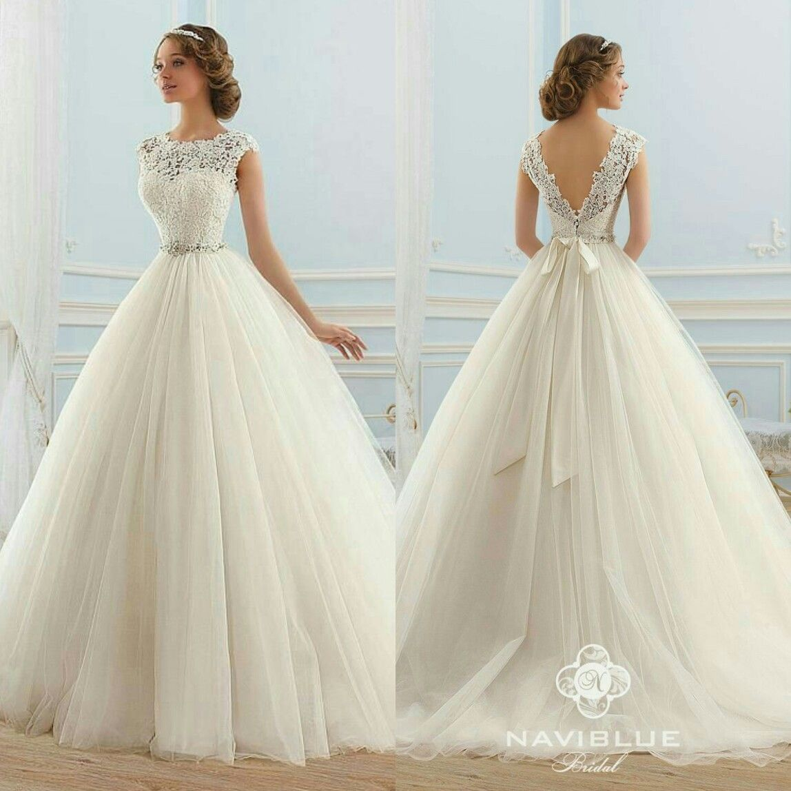 Ball gown wedding dress with sleeves  A closer look on Alexiaus Masquerade Ball Gown  Camp Magia