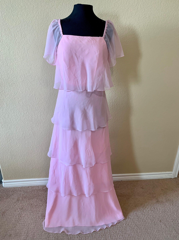 Ladies Pastel Pink Floor Length Formal Dress 1970s Size 10 Etsy Baby Pink Dresses Dresses Vintage Formal Dresses [ 3000 x 2250 Pixel ]