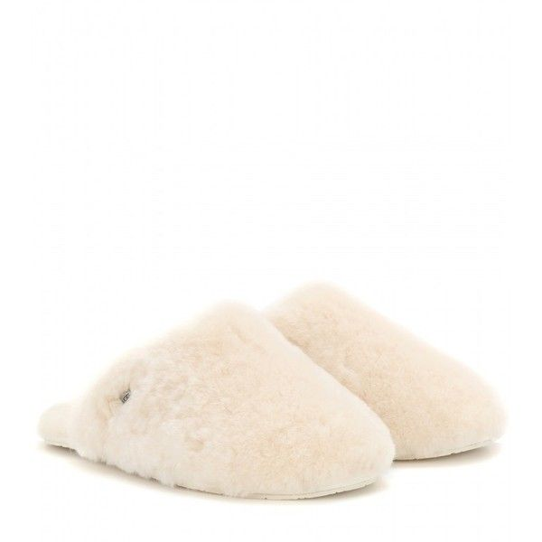 UGG Australia Fur Slippers (1.255 ARS) ❤ liked on Polyvore featuring shoes, slippers and neutrals