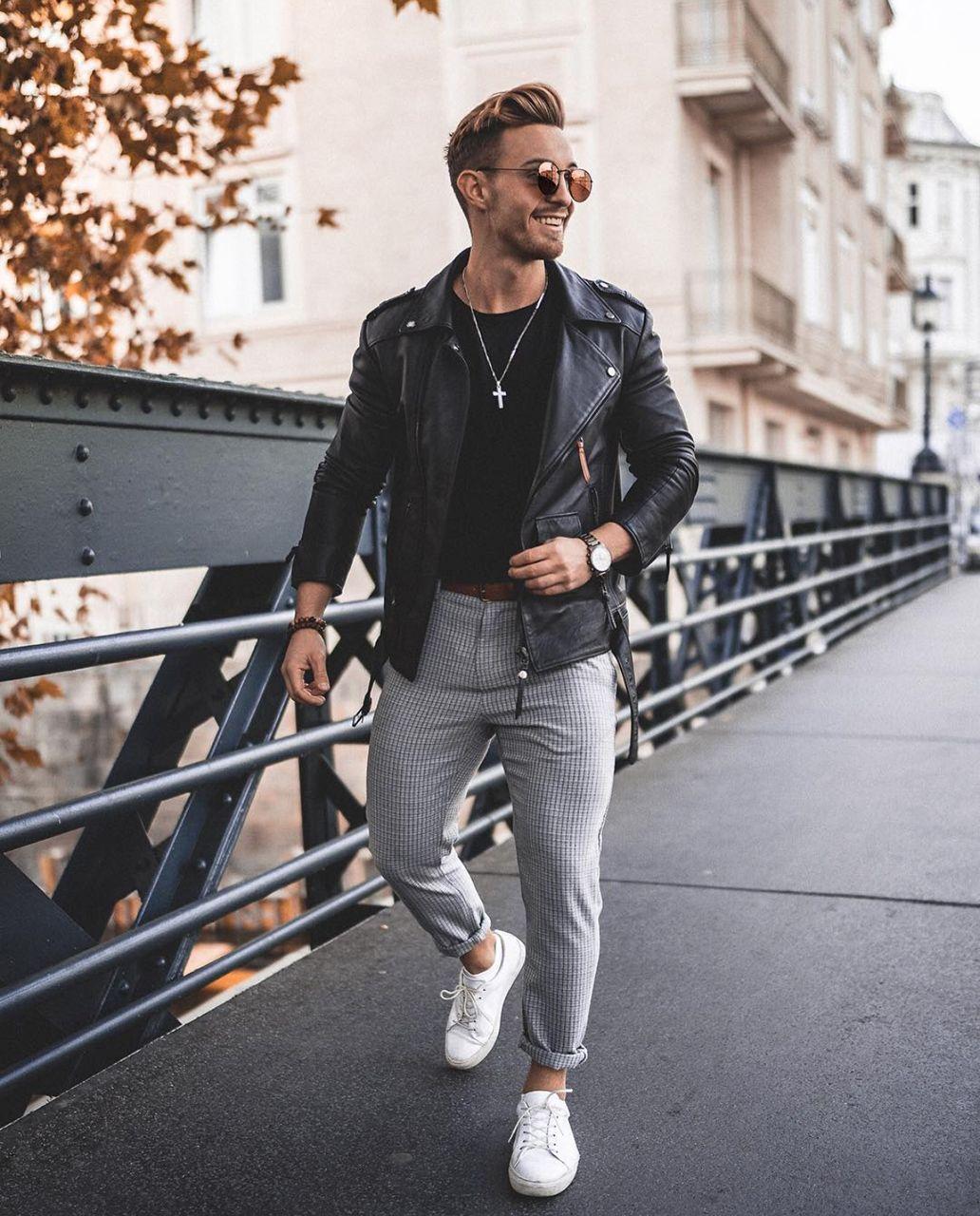 49b6ea7ed56 A jaqueta de couro Perfecto está em alta na Europa e promete ganhar força  aqui também. Vejam mais tendências de moda masculina outono inverno 2019 no  blog ...