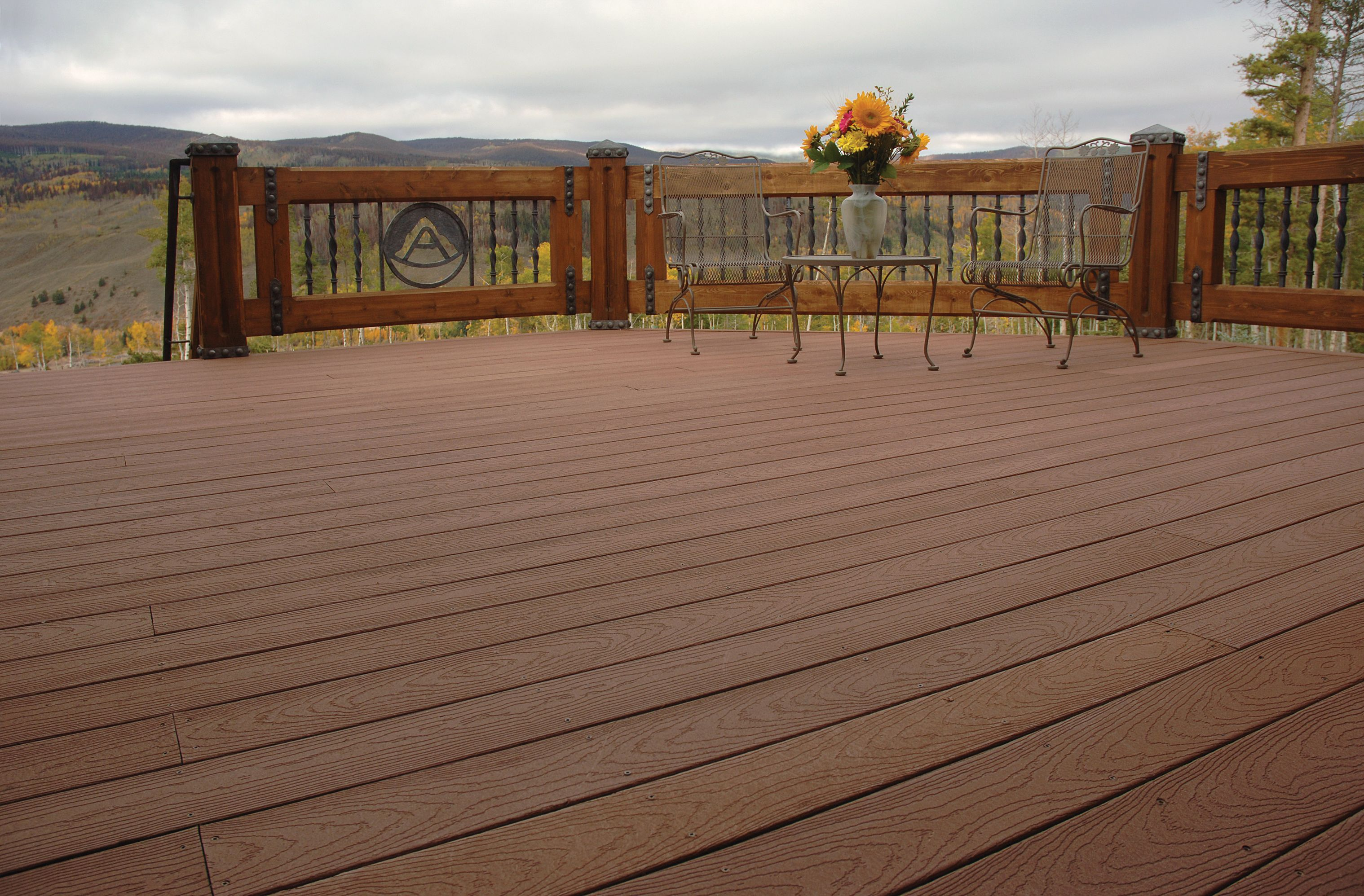 Best Tamko® Evergrain® Deck Composite Decking 400 x 300