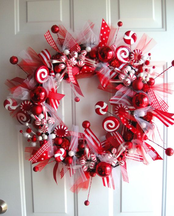 love love love this wreath! navidad Pinterest Peppermint
