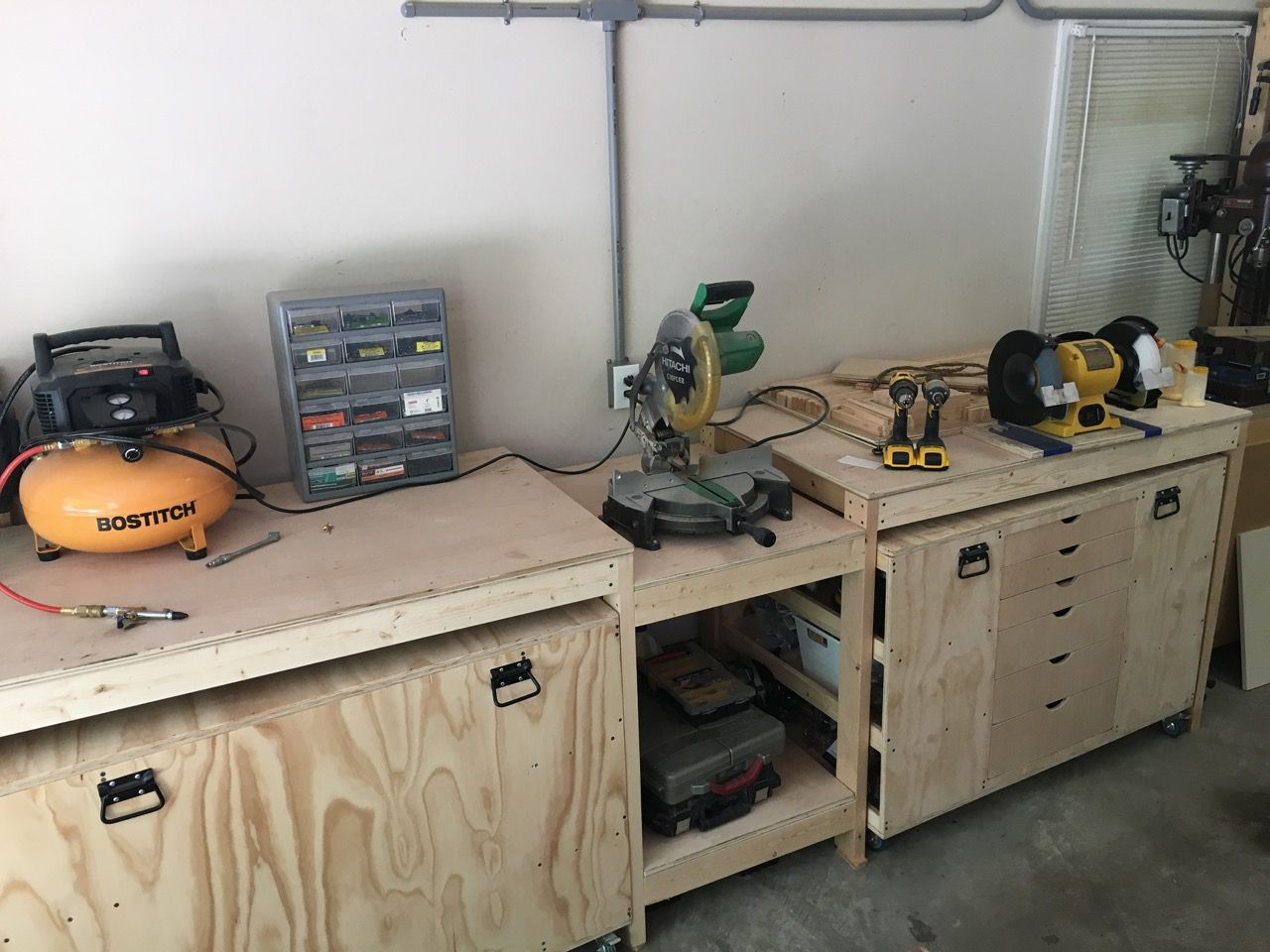 Stupendous Roll Away Miter Saw Workstation Ana White Miter Stand And Ncnpc Chair Design For Home Ncnpcorg