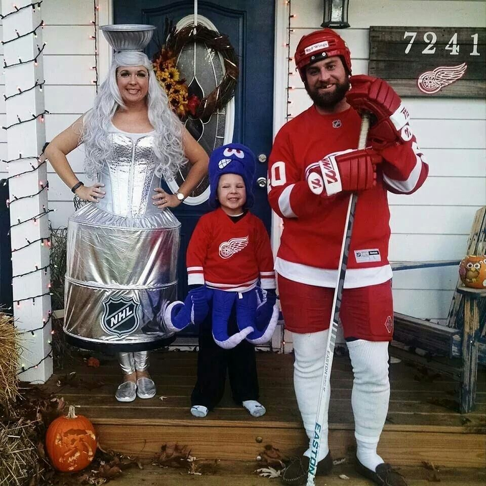 Red Wings Halloween costumes Halloween costumes, Canada
