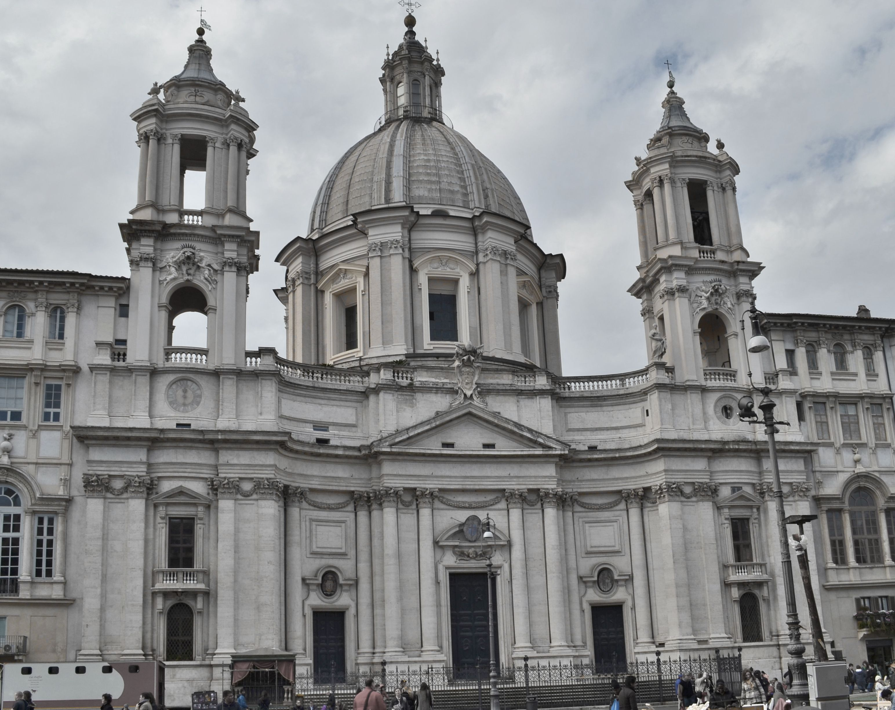 Italian baroque architecture borromini church of s for Italian baroque architecture