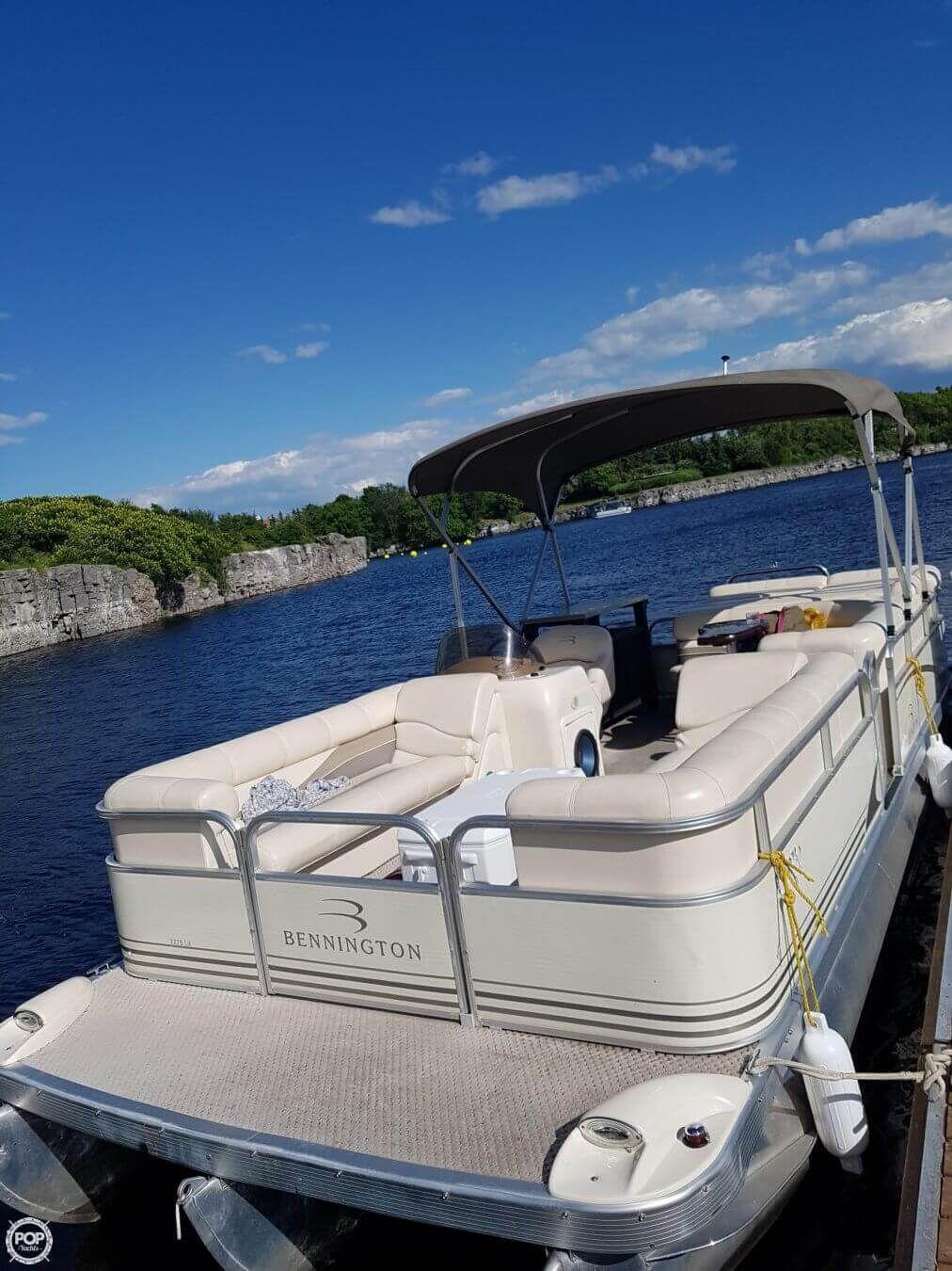 2005 Bennington 2275 For Sale Pontoon Boat Pontoon Boats For Sale Pontoon