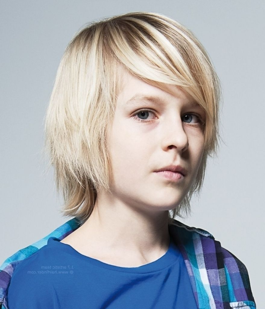 Kleine Jungs Frisuren Langes Haar Kleiner Junge Haarschnitte Lange