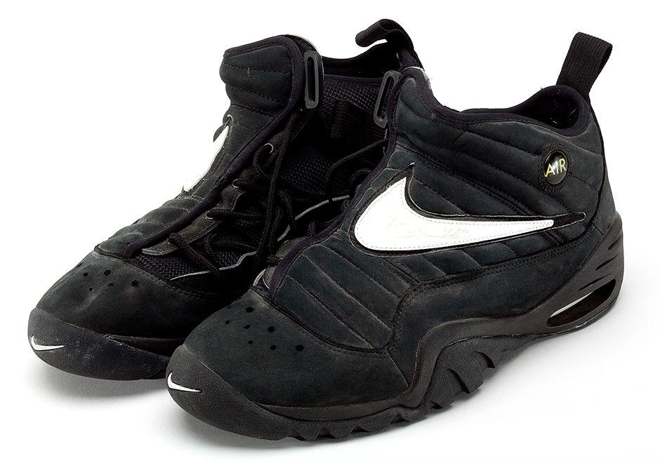 newest b9e66 ca056 ... Dennis Rodmans Nike Air Shake NDESTRUKT Will Retro in 2017 -  SneakerNews.com ...